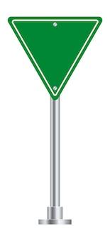 Znak drogowy. pusta tablica zielony trójkąt na ulicy autostrady.