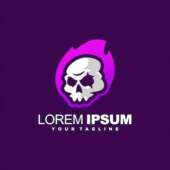 Znakomite logo płomienia czaszki