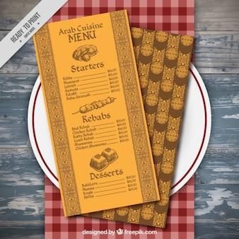 Żółta dekoracyjne menu na półmisku
