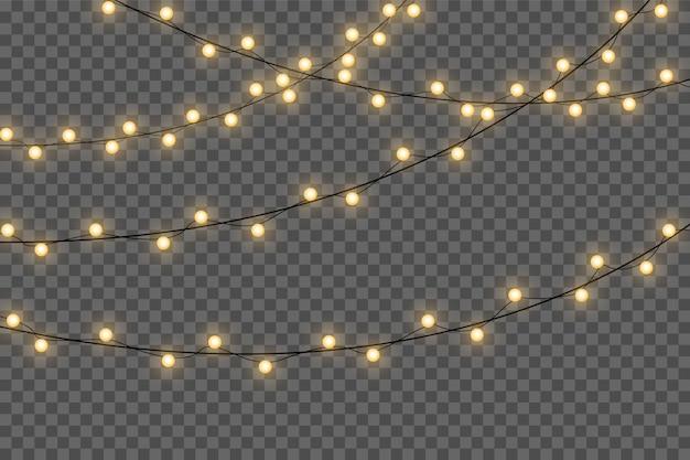 Żółte lampki choinkowe na białym tle realistyczne elementy projektu. świąteczne lampki na przezroczystym tle. świąteczna girlanda świecąca. .