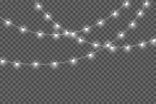 Żółte lampki choinkowe na białym tle realistyczne elementy projektu. świąteczne światła na przezroczystym tle. świąteczna girlanda świecąca.
