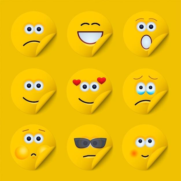 Żółte naklejki na twarz