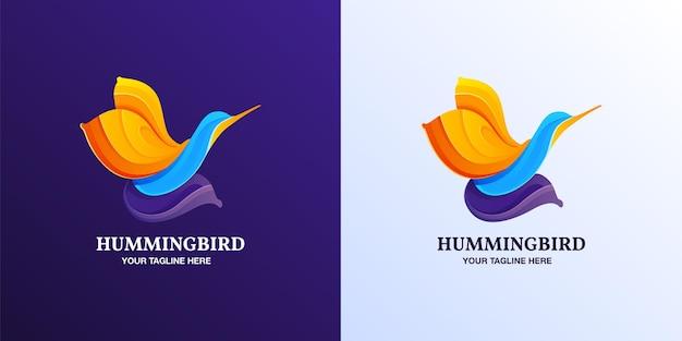 Żółte niebieskie i fioletowe gradientowe logo w kształcie kolibra symbol lub projekt wektora ikony