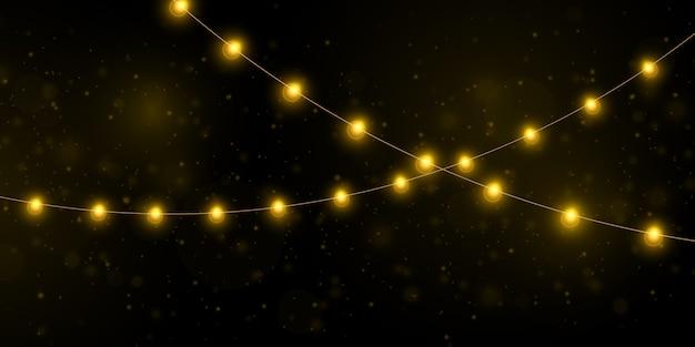 Żółte światła bożego narodzenia na białym tle realistyczne elementy.