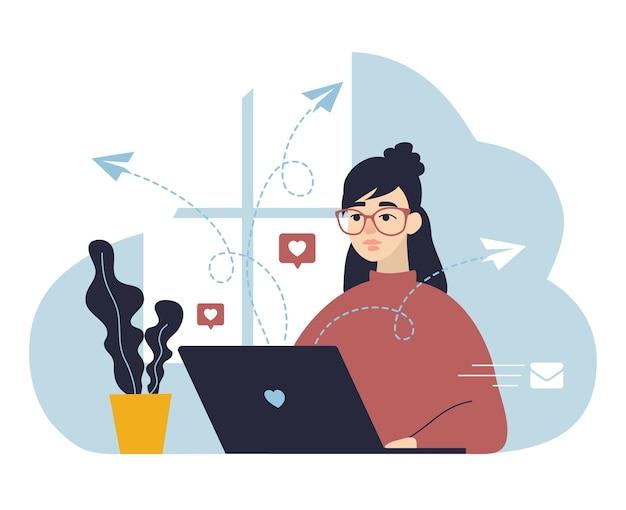 Zostań w domu koncepcja dziewczyna w okularach pracować na laptopie w domu