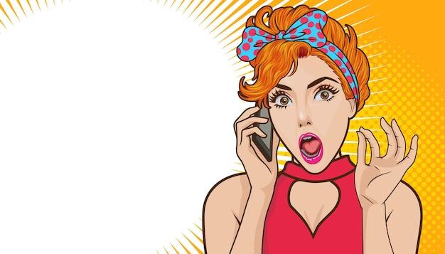 Zszokowana kobieta rozmawia przez telefon komórkowy z kopią miejsca komiks retro pop-art