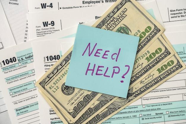 1040 formularz podatkowy w urzędzie z tekstem pomocy