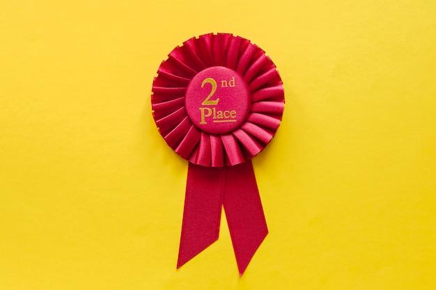 2 miejsce rozeta wstążkowa zwycięzcy czerwony na żółtym