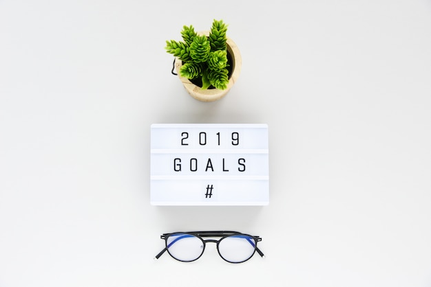 2019 goals business concept płaski lay, minimal style