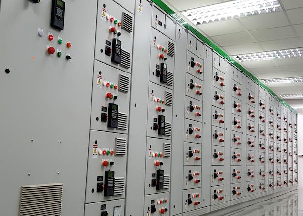 400 volt motor control center szafy elektryczne typu mcc ze stałymi półkami
