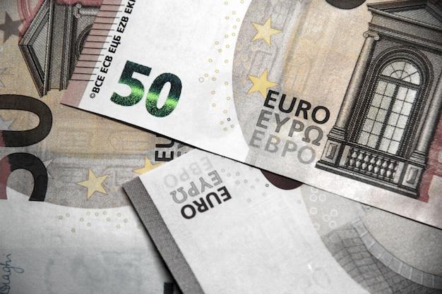 50 banknotów euro tła w zbliżeniu