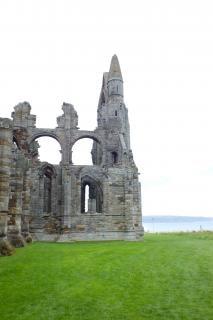Abbey ruins ruiny