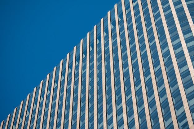 Abstrakcjonistyczne tło architektury linie. nowoczesna architektura detal