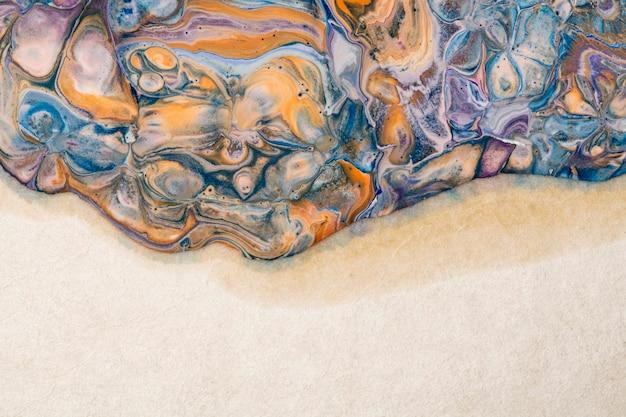 Abstrakcyjne marmurowe beżowe tło diy swobodnie płynąca tekstura