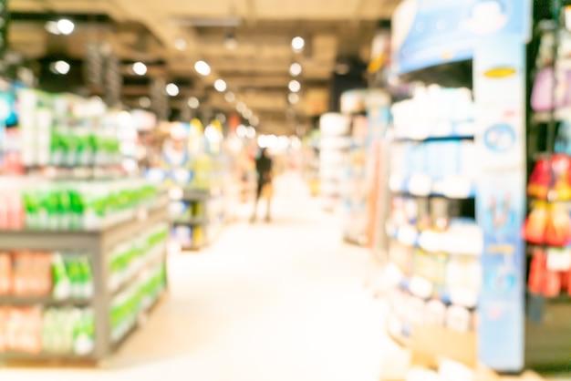 Abstrakcyjne rozmycie i nieostry supermarket na tle