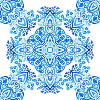 Abstrakcyjny kwiat adamaszku bez szwu ozdobny wzór farby akwarelowej ręcznie rysowane niebiesko-biała płytka elegancka luksusowa tekstura tapety tła i wypełnienia strony tkanina projekt tkaniny pakowanie prezentów