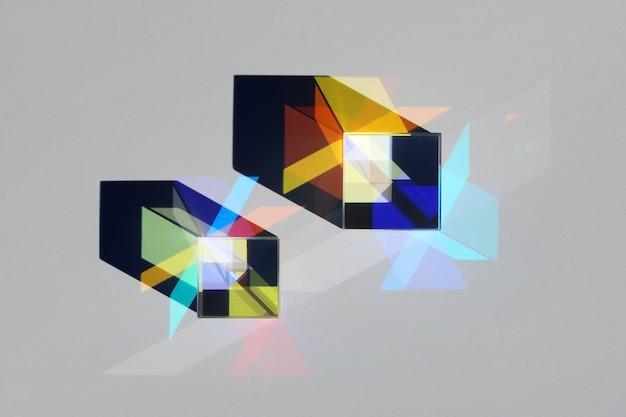 Abstrakcyjny obiekt ze światła widma i cienia w załamaniu światła słonecznego