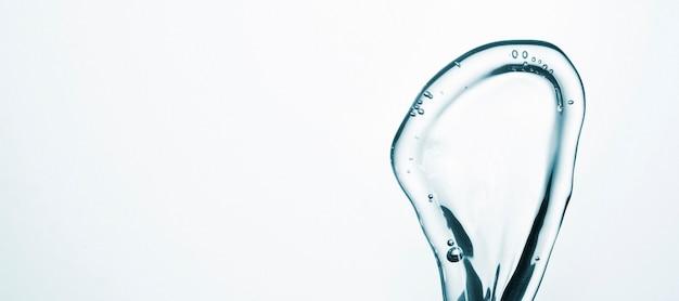 Abstrakta wodny ruch na lekkim tle z kopii przestrzenią