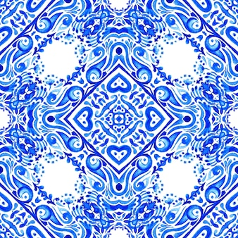 Adamaszek bezszwowe akwarela wzór z niebiesko-białych płytek orientalnych, ozdoby.