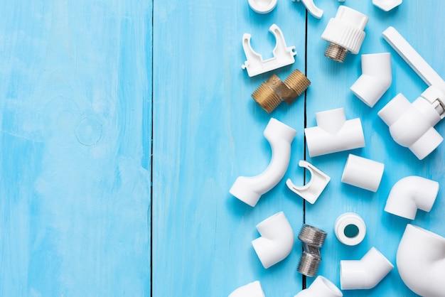 Adaptery, złączki, zawory i kurki z polipropylenu do instalacji wodociągowej