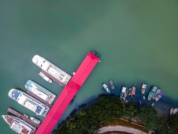 Aerial park i yacht marina