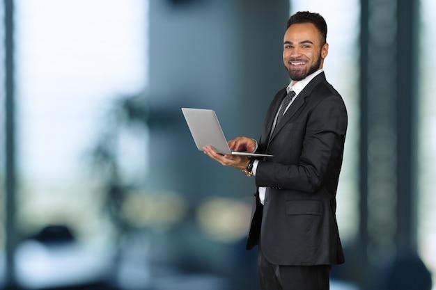 Afroamerican biznesmen lider firmy dyrektor generalny dyrektor generalny