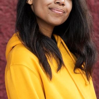 Afroamerykanin uśmiechnięta kobieta