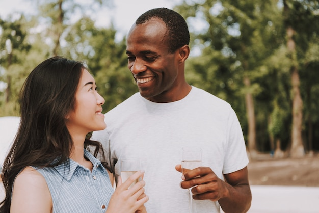 Azjatyckie i czarne randki międzyrasowe