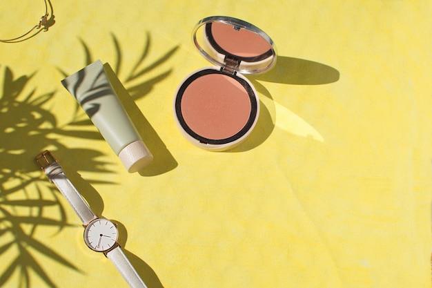 Akcesoria dla kobiet puder do twarzy foundation blush watch bransoletka make up