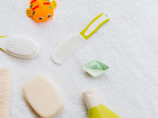 Akcesoria do kąpieli dla dziecka z góry