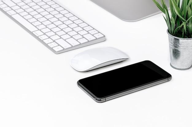 Akcesoria do smartfonów i komputerów