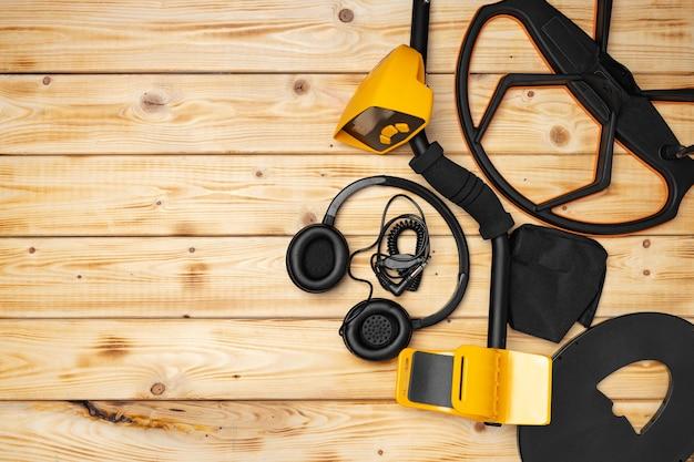 Akcesoria do wykrywacza metali na podłoże drewniane