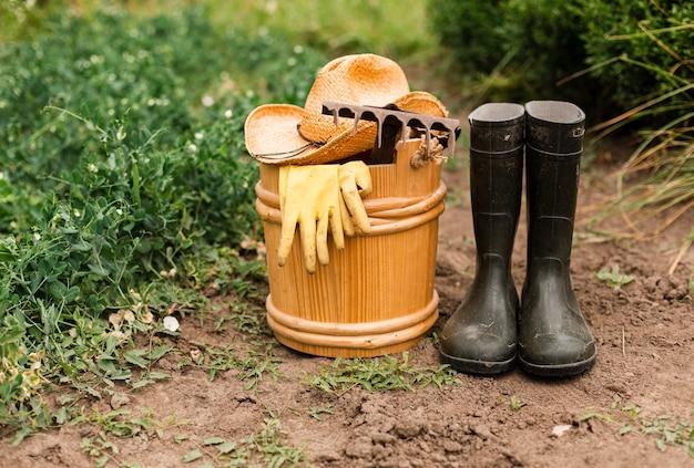 Akcesoria ogrodnicze z bliska