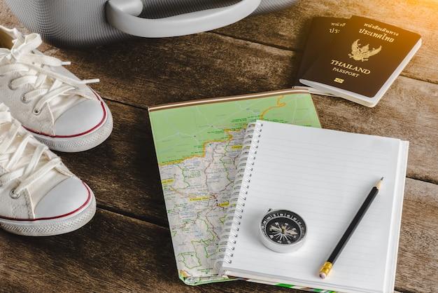 Akcesoria podróżne na podróż. paszporty