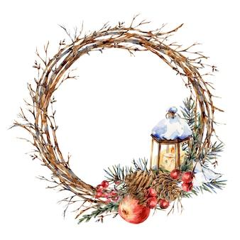 Akwarela boże narodzenie naturalny wieniec z gałęzi jodłowych, czerwone jabłko, jagody, szyszki, latarnia, vintajge botaniczne okrągłe ramki dla karty z pozdrowieniami na białym tle