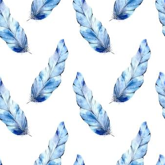 Akwarela niebieskie pióra wzór na białym tle.