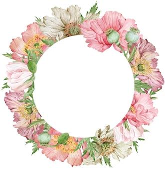 Akwarela piękny wieniec kwiatowy z różowymi i beżowymi kwiatami maku i zielonymi liśćmi. ilustracja rysowane ręcznie. szablon karty z pozdrowieniami lub zaproszenie.