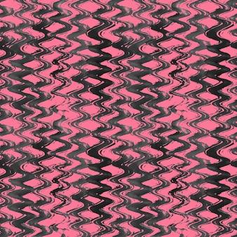 Akwarela ręcznie rysowane falisty wzór w paski. grunge czarno-różowe tło akwarela.