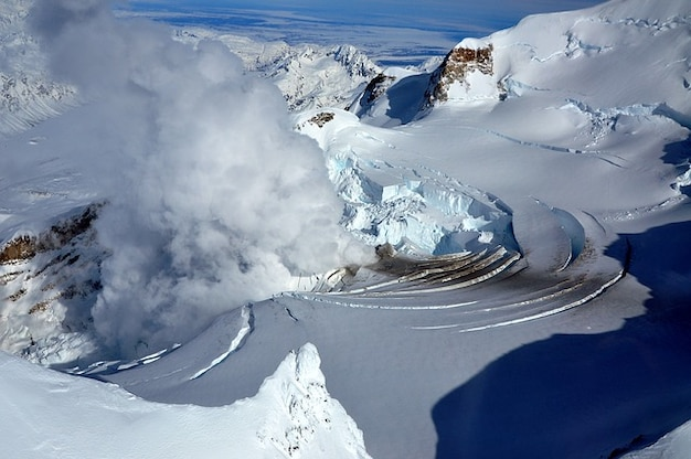 Alaska wulkan lodowiec reduta fumarole mocowanie usa