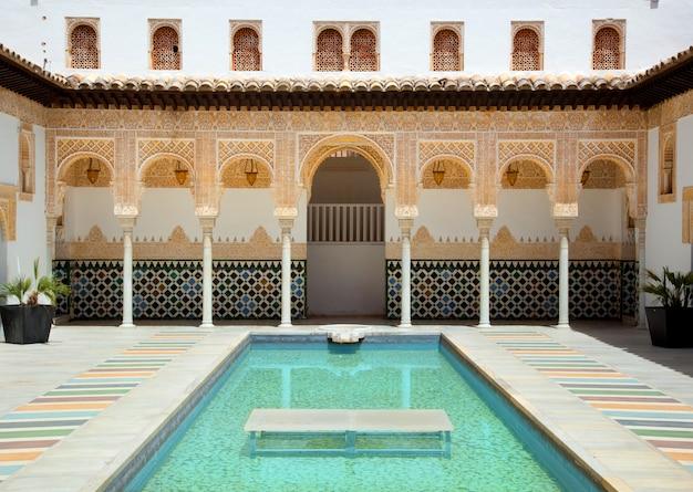 Alhambra w poble espanyol w palma de mallorca