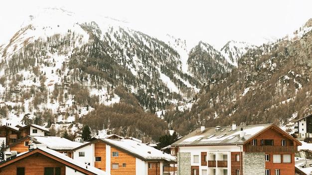 Alpejska wioska w alpach