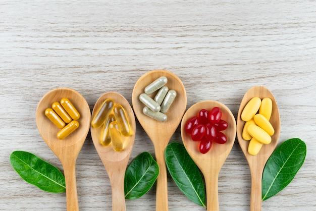 Alternatywna medycyna ziołowa, witaminy i suplementy naturalne