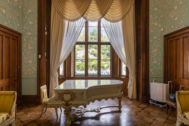 Ałupka krym wnętrze pałacu hrabiego woroncowa