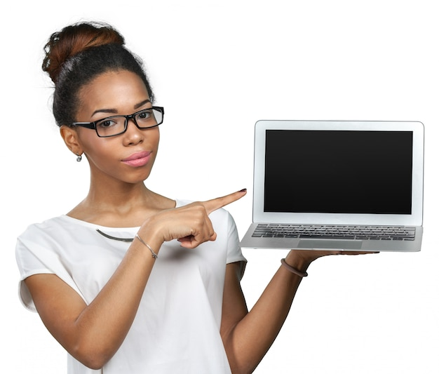 Amerykanin afrykańskiego pochodzenia laptopu mienia kobieta