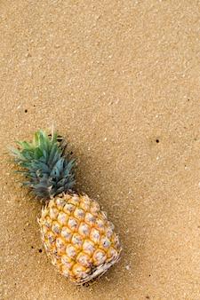 Ananas, widok z góry