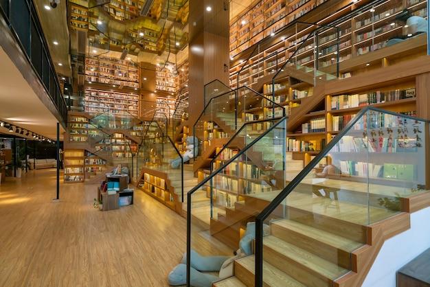 Angel bookstore, księgarnia w hangzhou w chinach.