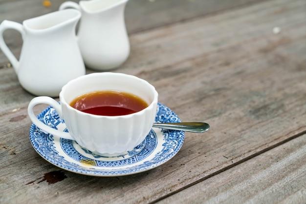 Angielskiej herbaty na stole