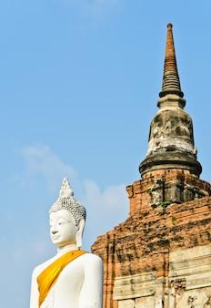 Antyczna buddha statua, tajlandia