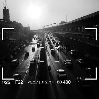Aparat fotograficzny ostrości z grafiką przestrzeni kopii
