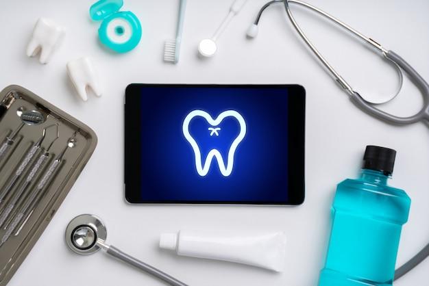Aplikacja opieki zdrowotnej online na smartfonie